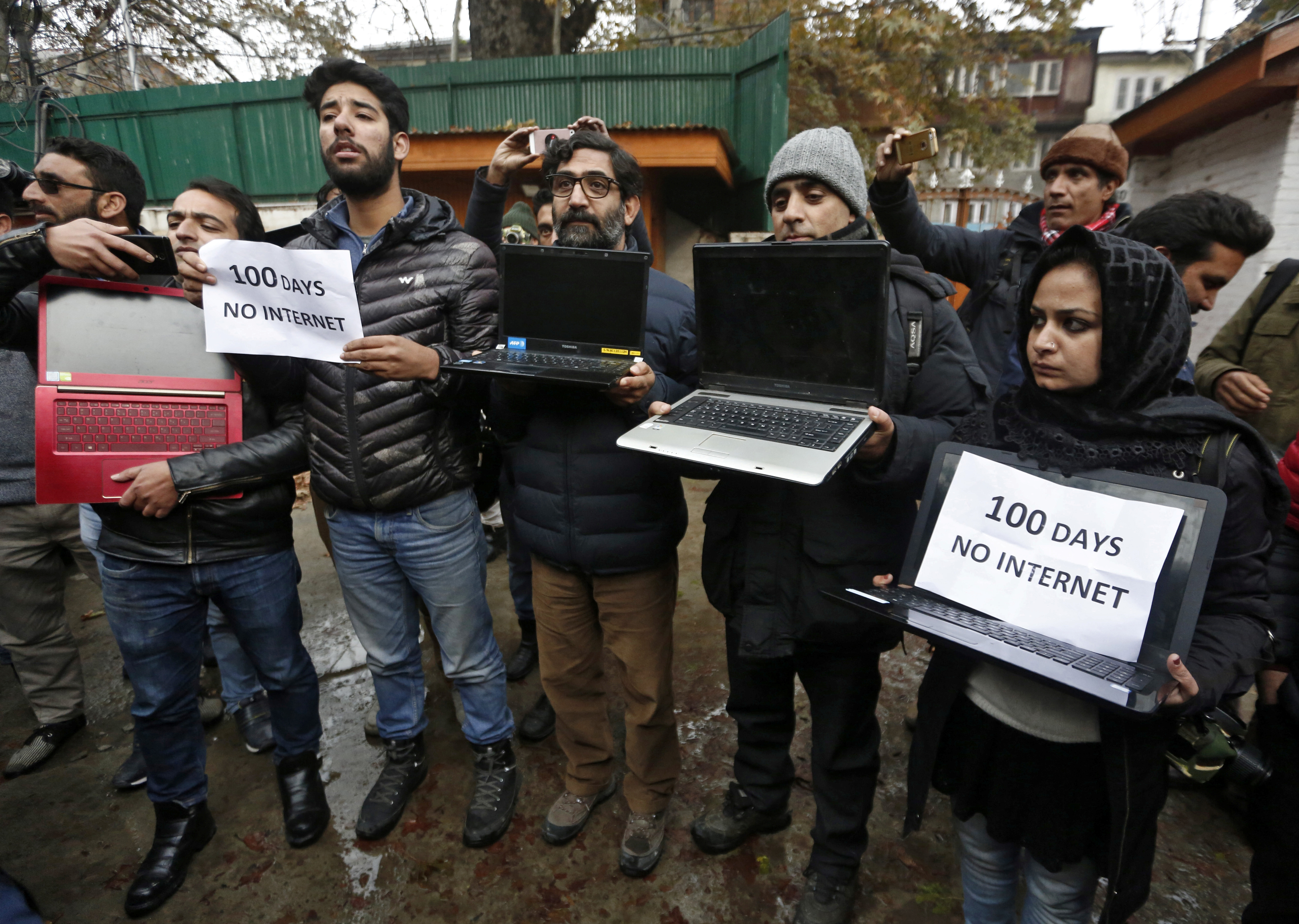 Distrust Breeds Disinformation in Kashmir