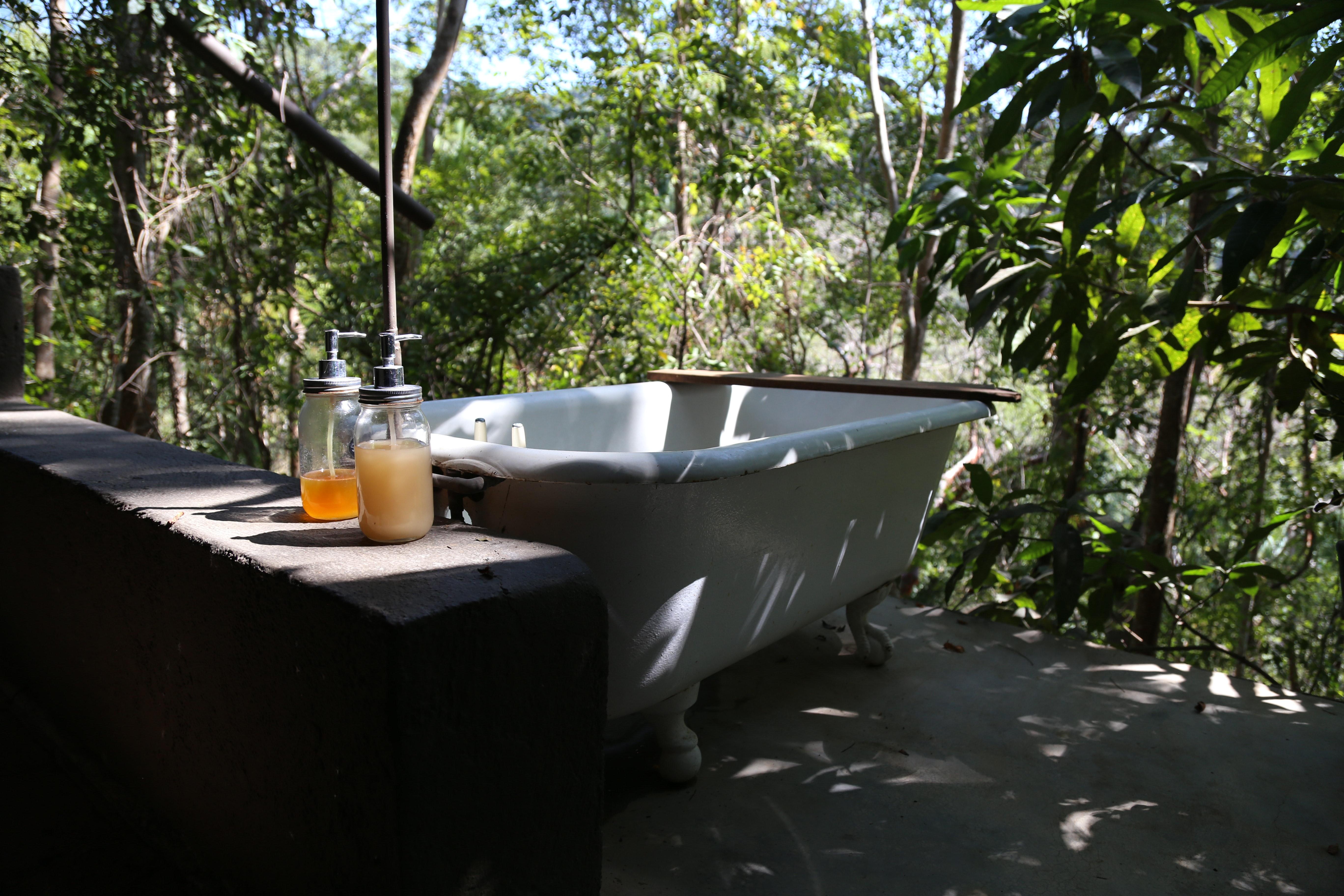 Tinfoil Digest: Bath Testicles Edition